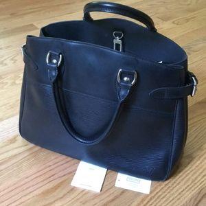 Louis Vuitton Epi Leather Purse / Handbag - black